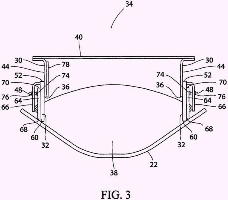Revestimiento de desgaste exteriormente montado para sistemas de cinta transportadora de material a granel.
