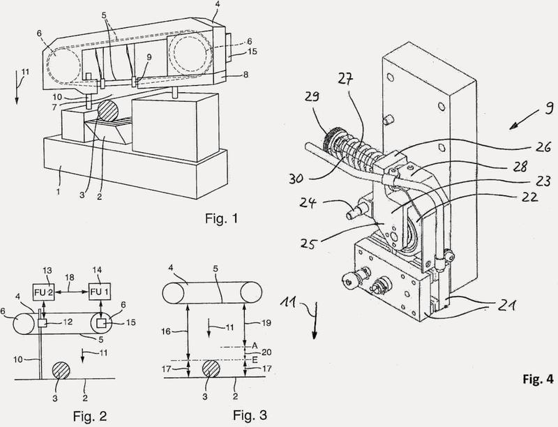 Aserradora y procedimiento para el control de una aserradora.