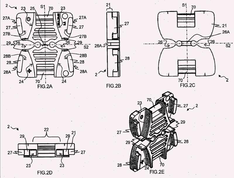 Cadena de conducción de energía con elementos de articulación deformables.
