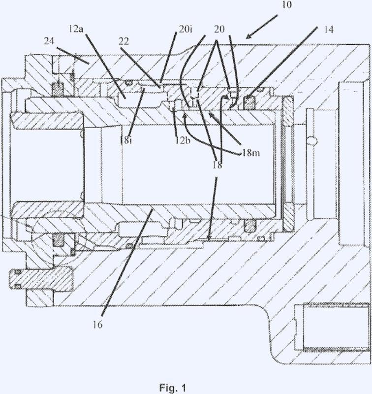 Máquina perforadora de roca y utilización de la misma para impedir la aparición y la difusión de burbujas de cavitación.