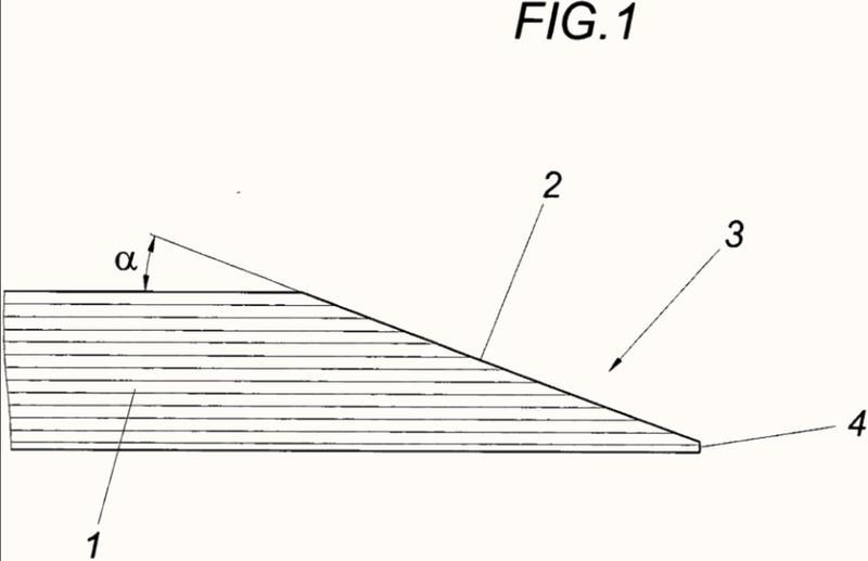 Procedimiento para fabricar un recorte de un no tejido de fibras.