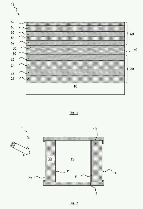 Sustrato provisto de un apilamiento con propiedades térmicas que comprende capas con elevado índice de refracción y su utilización.