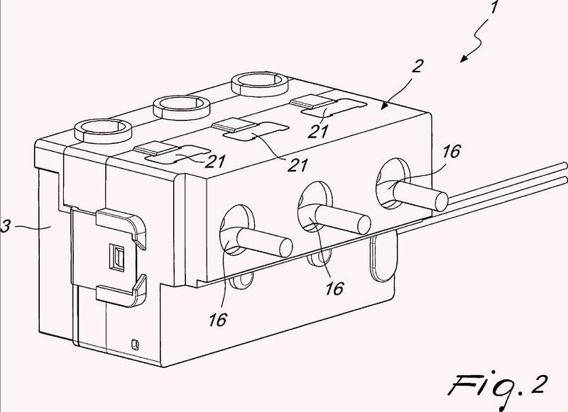 Dispositivo de control para un aparato de rearme automático.