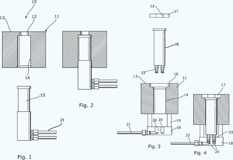 Molde para moldear bornes y puentes en una máquina de colada en puente para baterías.