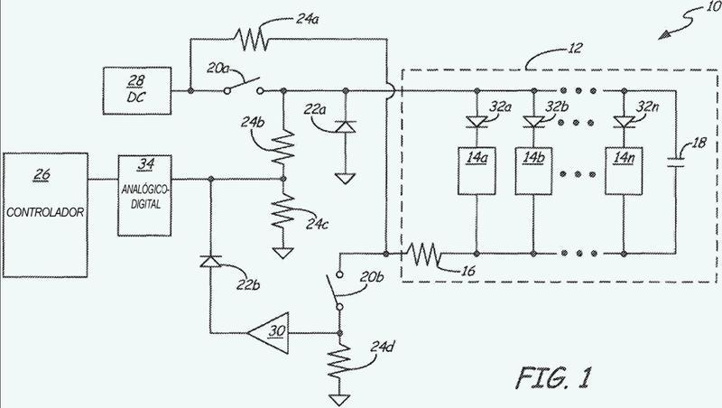 Condensador de fin de línea para medir la impedancia de cableado de circuitos de notificación de emergencia.