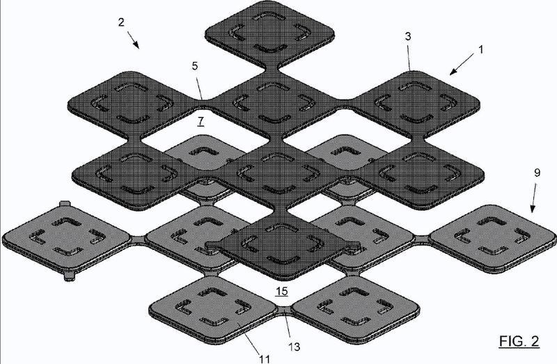Sistemas de embaldosado de entrelazado y atenuación de golpes.