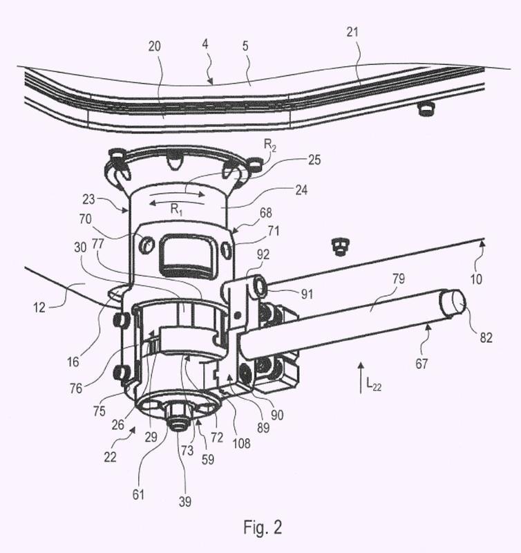 Dispositivo de elevación/pivotamiento para una tapa de escotilla de un vehículo protegido, disposición de tapa de escotilla y vehículo protegido.