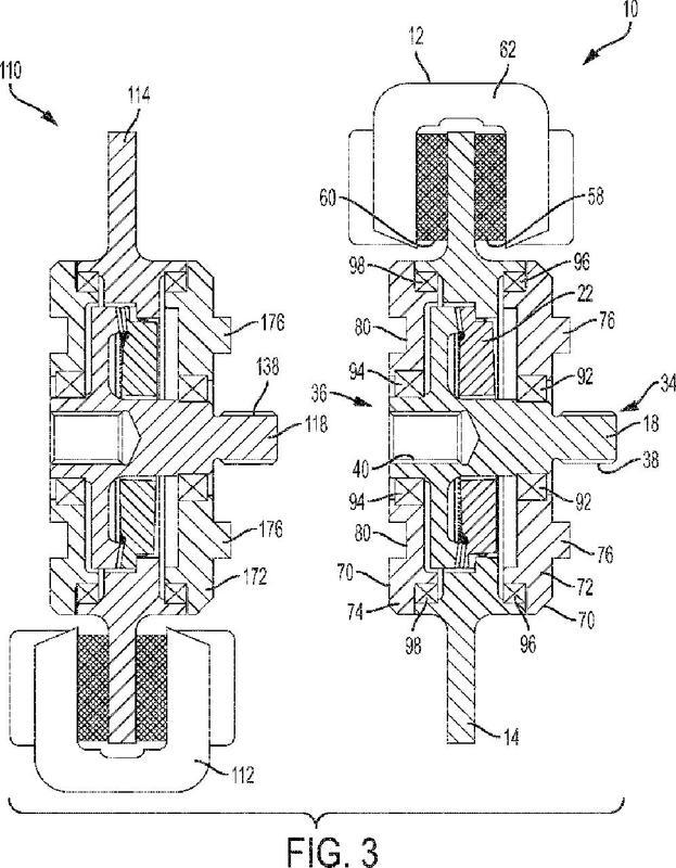 Sistema de frenado asistido por engranaje con interfaz elíptica.